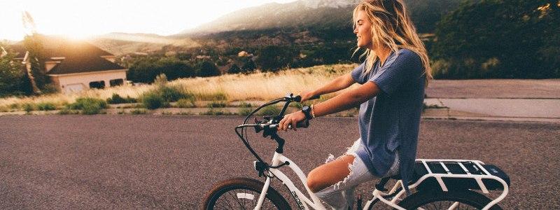 Se déplacer à vélo: le meilleur moyen de garder la ligne !